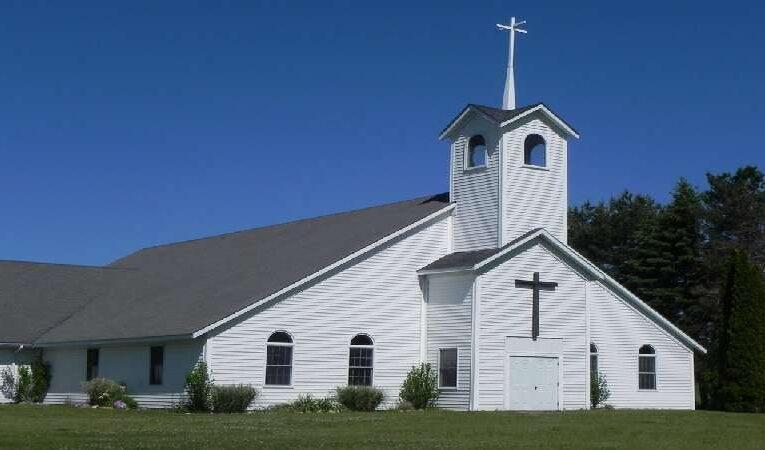 LIVE CHURCHES AND DEAD CHURCHES