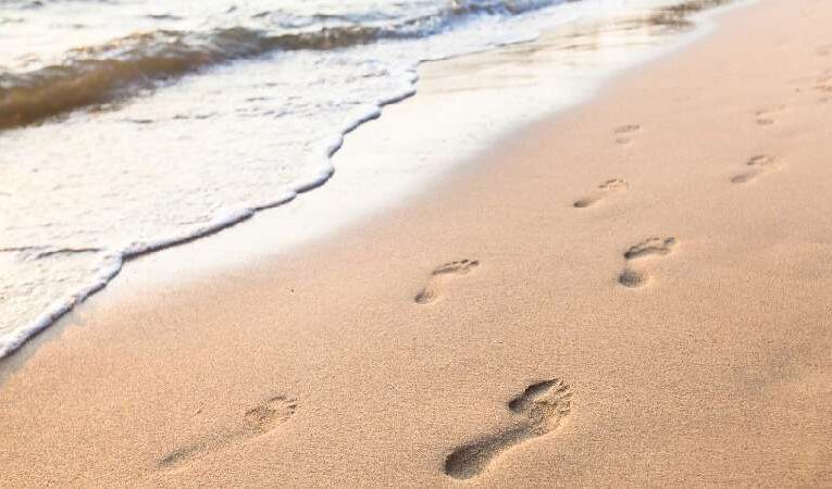 Walk with Jesus – Christian Quotes